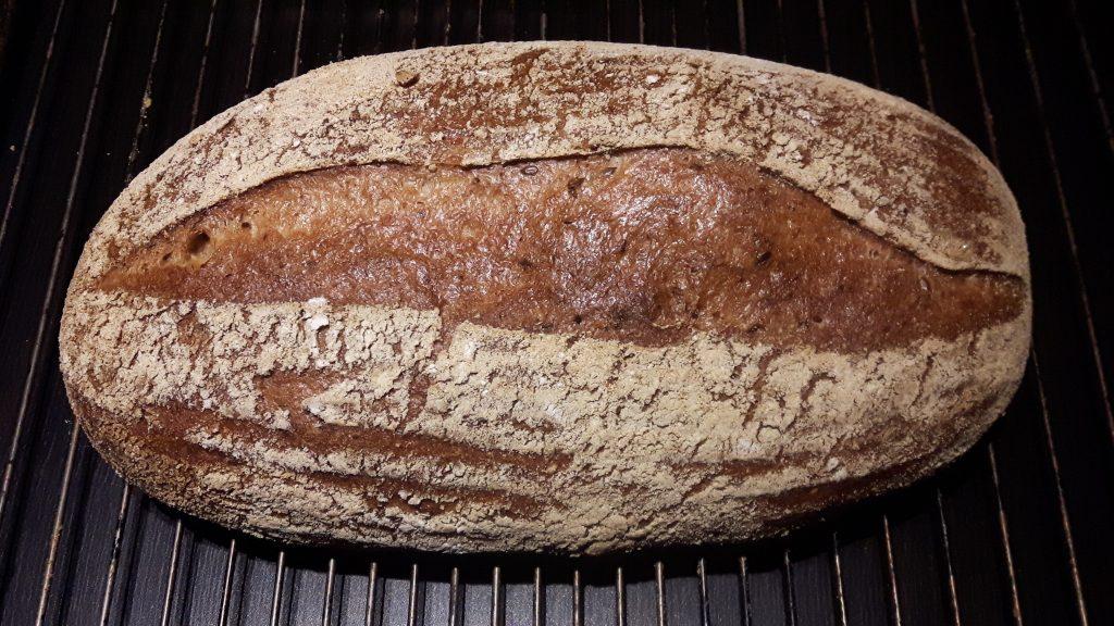 Pan de hogaza sin gluten. Corteza.