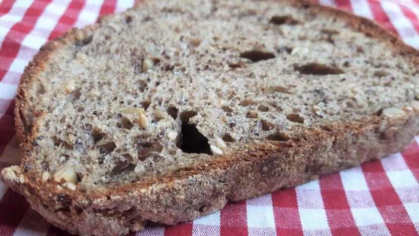 Tostada de pan multicereales sin gluten