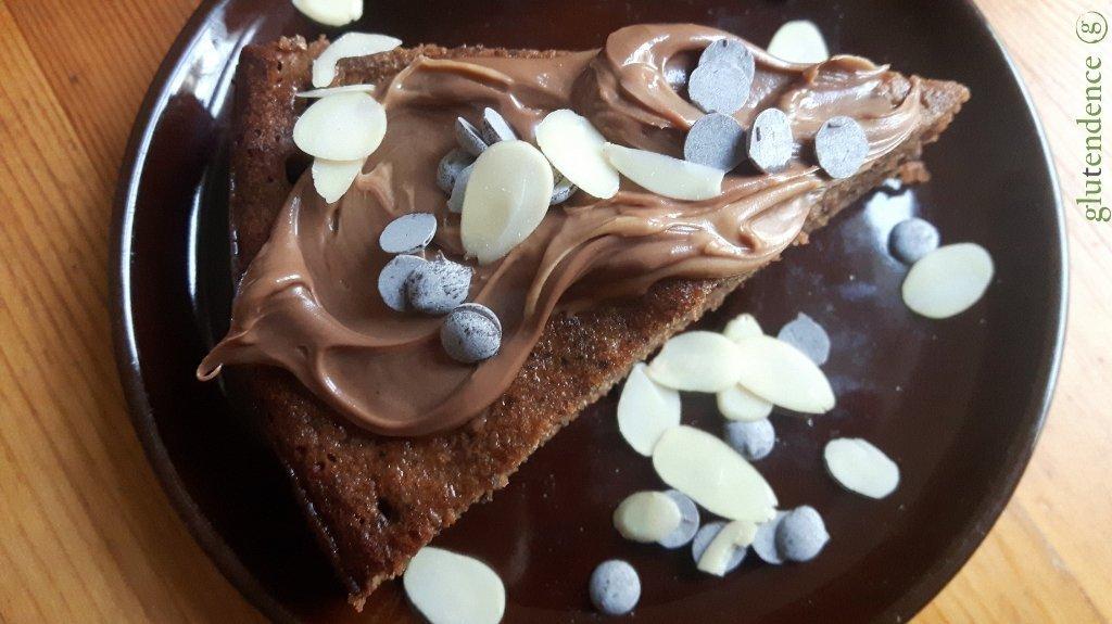 Bizcocho sin gluten de chocolate y almendra
