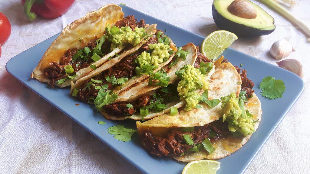 Quesadillas con pulled chicken
