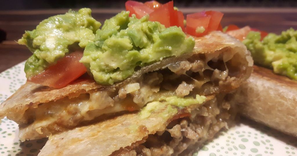Quesadillas sin gluten con carne y aguacate