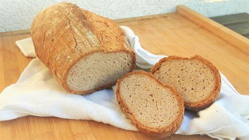 Pan de trigo sarraceno esponjoso
