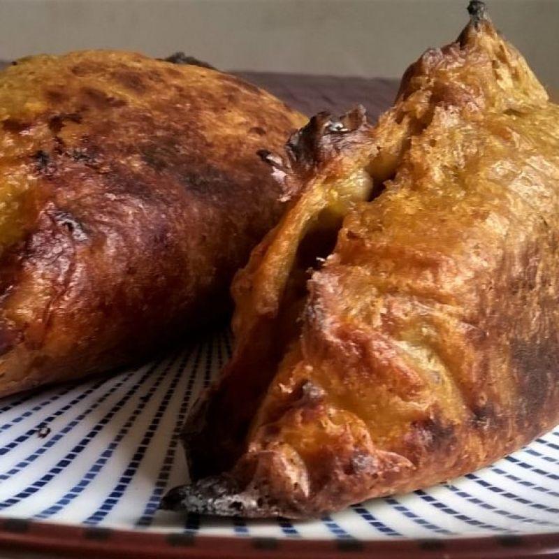 Empanadas sin gluten con masa de plátano macho